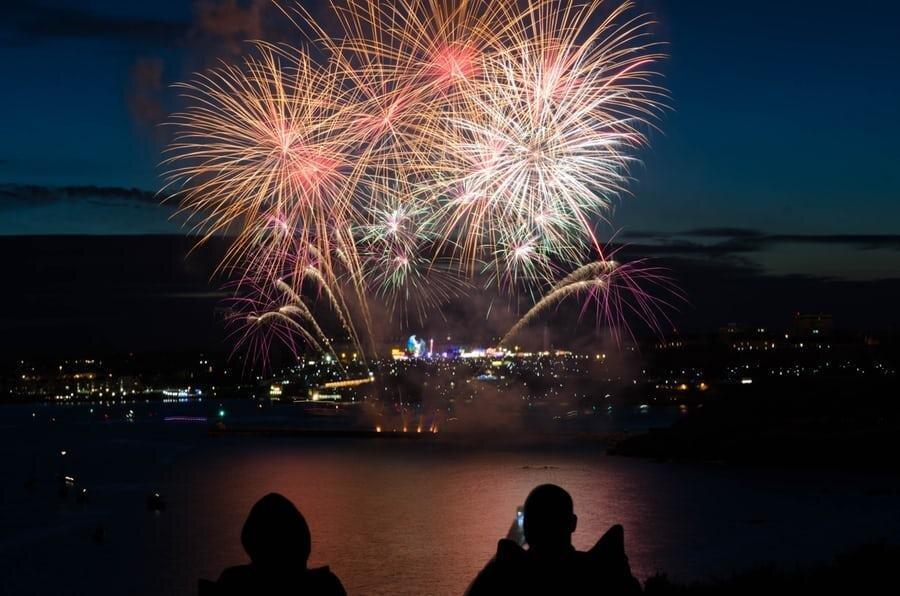 بهترین شهرهایی که سال نو را جشن می گیرند
